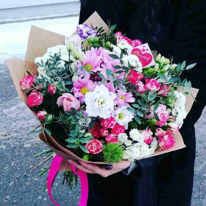Сборный букет хризантемы и розы R80